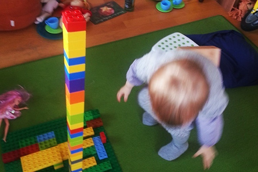 Warum wir unseren Kindern vertrauen sollten – Spielen ist die beste Selbstförderung!