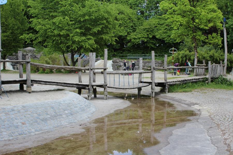 ideas4parents-abenteuerspielplatz-westpark-klettern-rutschen-10