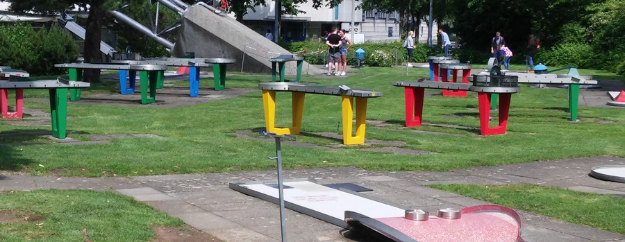 ideas4parents-minigolf-olympiapark-spiel-bewegung-spaß-2