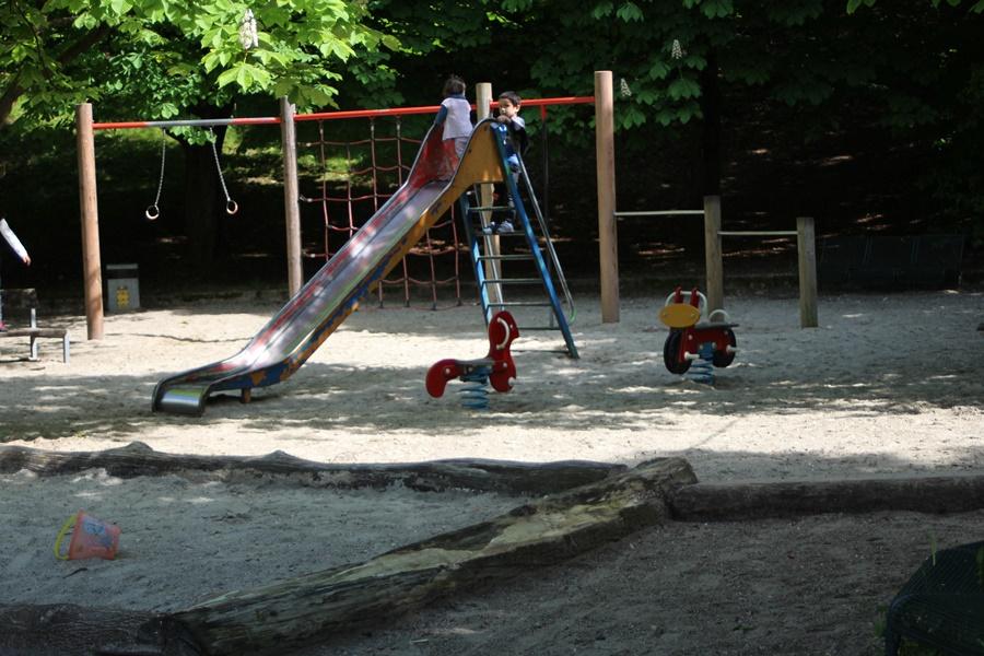 ideas4parents-hopfengarten-spielplatz-westpark-klettern-rutschen-9