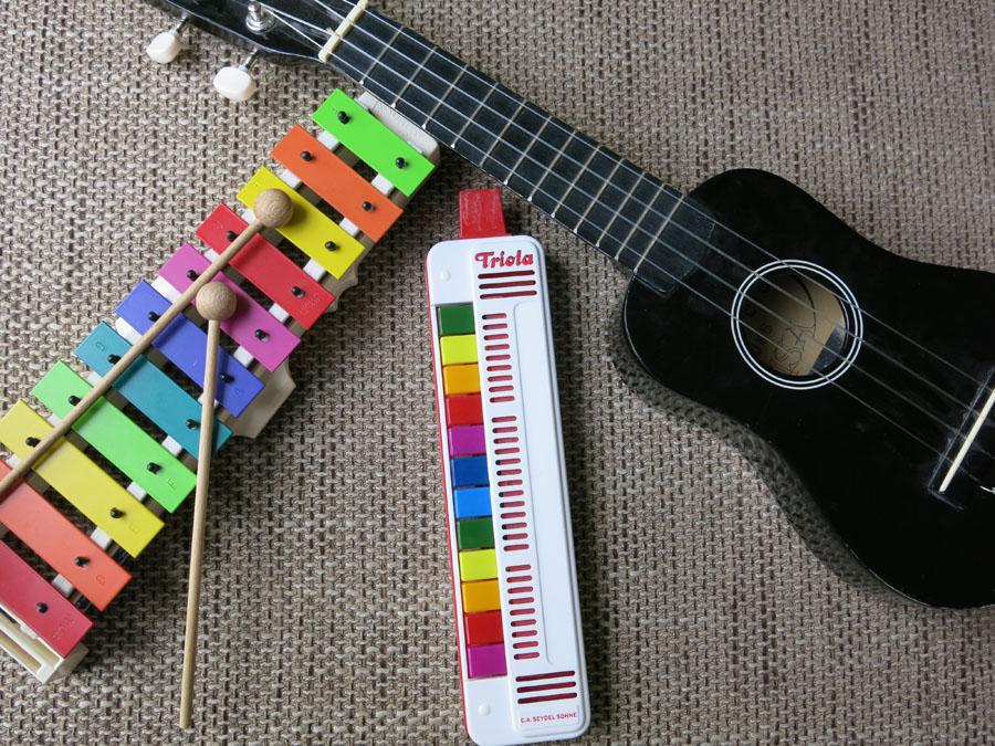 ideas4parents_ideen_weihnachtsgeschenke_instrumente