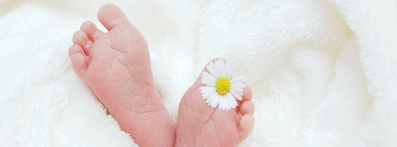 15 (Spiel-) Tipps für Eltern mit Baby im 2. Monat